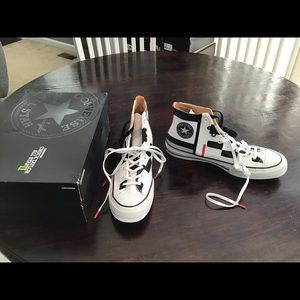Converse CTAS 2 Patterned Leather Hi Tops Size 12